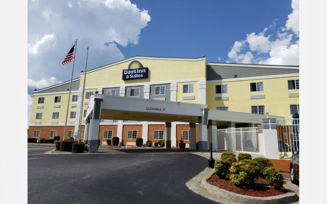 Photos of Days Inn & Suites by Wyndham Union City. 6743 Shannon Parkway, Union City, GA 30291, United States of America